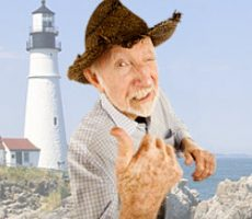 Funny senior man with straw cowboy style hat and thumbs up / Lustiger Senior mit Strohhut und Daumen hoch