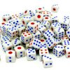 A pile of white dice / Haufen weißer Würfel